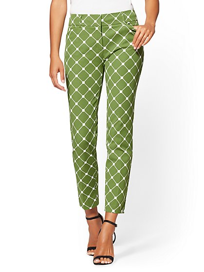 Audrey Ankle Pant - Graphic Print - New York & Company