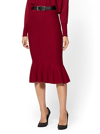 Berry Pull-On Sweater Skirt - New York & Company