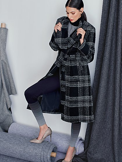 Black Plaid Belted Flyaway Trenchcoat - New York & Company