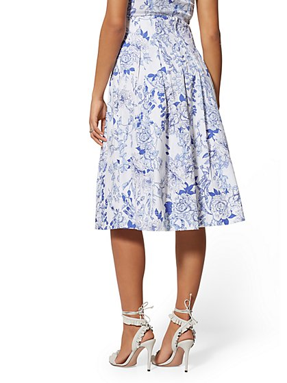 f28e25374f8 ... Blue Floral Pleated Skirt - 7th Avenue - New York   Company ...