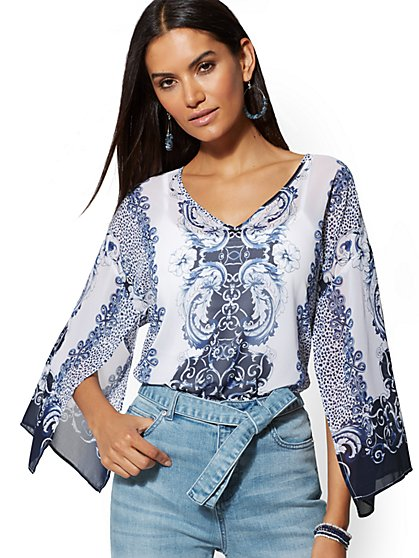 Blue Medallion-Print V-Neck Blouse - New York & Company