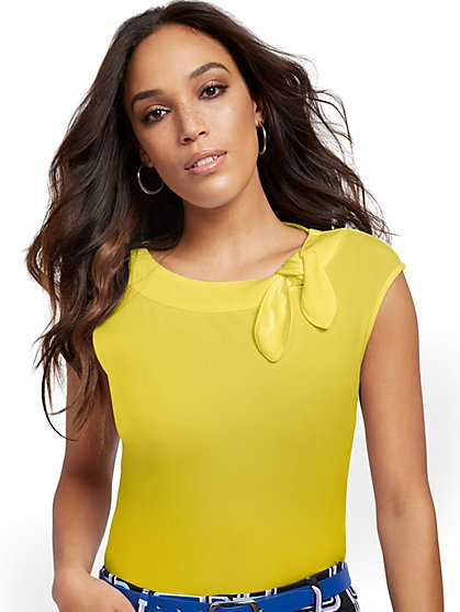 Bow-Accent Top - 7th Avenue - New York & Company