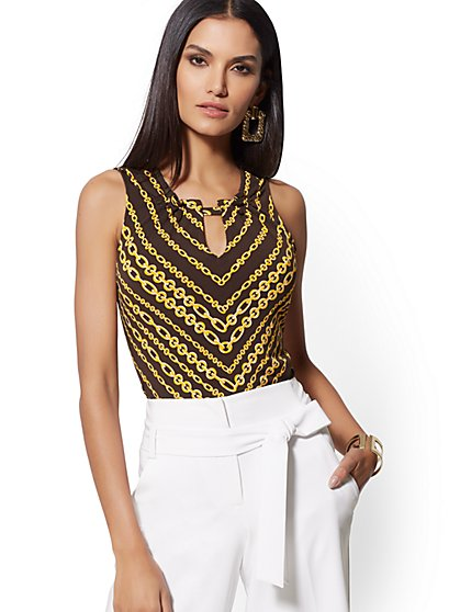 Brown Link Print Ruffled Sleeveless Top - 7th Avenue - New York & Company