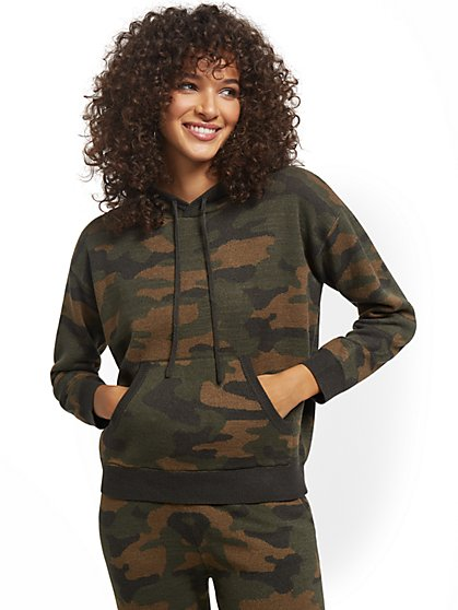 Camo-Print Drawstring-Tie Hooded Sweatshirt - New York & Company