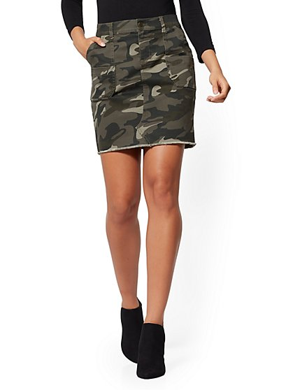 Camo-Print Mini Skirt - New York & Company