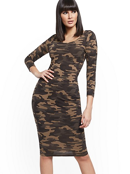 Camo Scoopneck Midi Dress - New York & Company