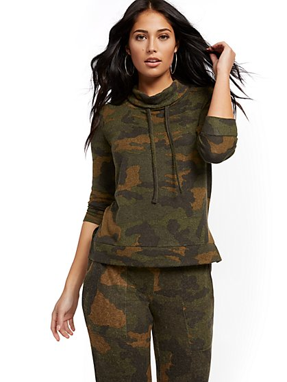 Camo Super-Soft Knit Cowlneck Pullover - Soho Street - New York & Company