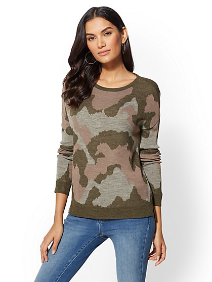 Camo V-Neck Back Hi-Lo Sweater - New York & Company