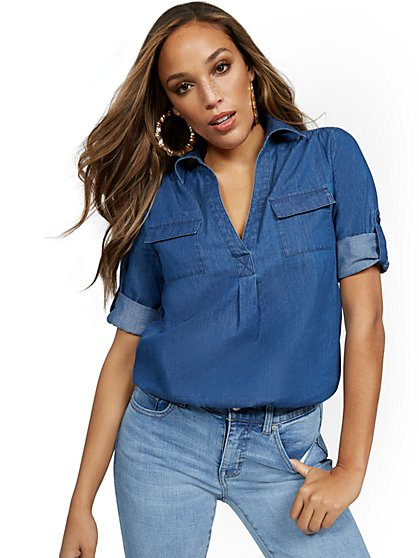 Chambray Split-Neck Double Pocket Top - New York & Company