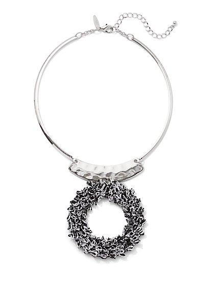 Circle Pendant/Collar Necklace - New York & Company