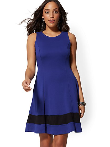 ee1e3805e Colorblock Fit and Flare Cotton Dress - New York   Company ...