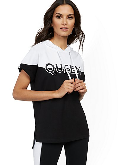 "Colorblock ""Queen"" Hooded Sweatshirt - New York & Company"