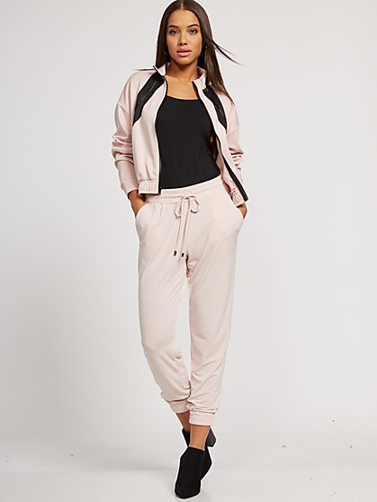 Crepe Jogger Everywhere Pant - New York & Company