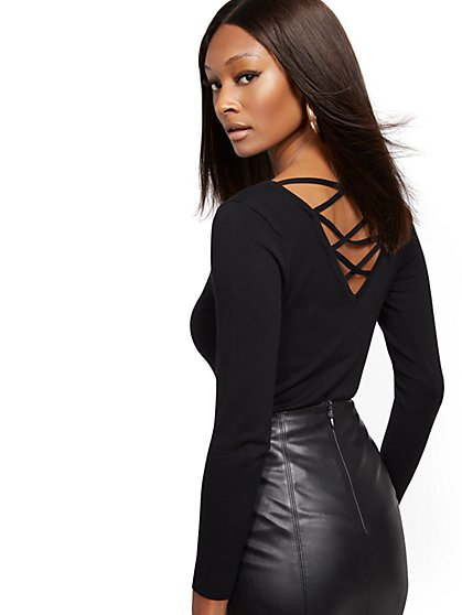 Crisscross V-Neck Back Sweater - New York & Company