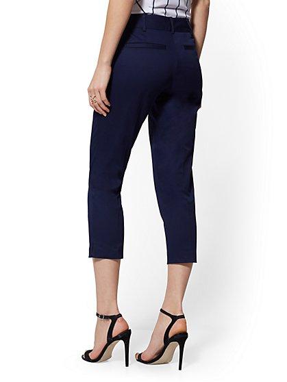717e961791f ... Crop Slim-Leg Pant - Signature - 7th Avenue - New York   Company ...