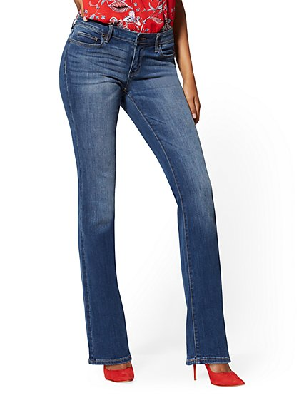 Curvy Bootcut Jeans - Blue Honey - Soho Jeans - New York & Company