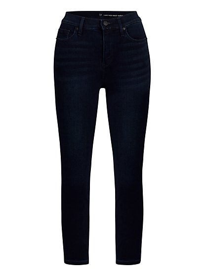 Curvy High-Waisted Capri Jeans - New York & Company
