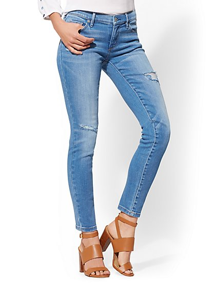 Curvy Legging - NY&C Runway - Super Stretch - Soho Jeans - New York & Company
