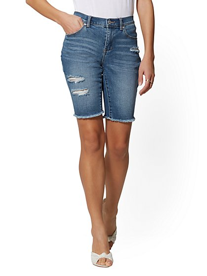Destroyed 11 Inch Boyfriend Bermuda Short - Sharm Blue - Soho Jeans - New York & Company