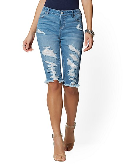 Destroyed 14 Inch Bermuda Short - Heartbreaker Blue - Soho Jeans - New York & Company