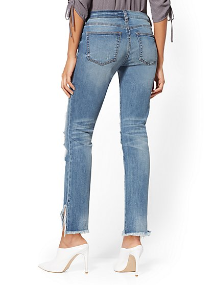 ... Destroyed Boyfriend Jeans - Medium Blue - Soho Jeans - New York    Company 076b6c9f7680