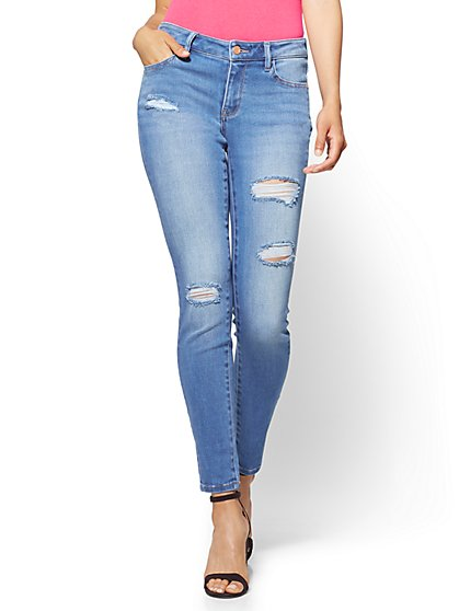Destroyed Curvy Legging - NY&C Runway - Super Stretch - Soho Jeans - New York & Company