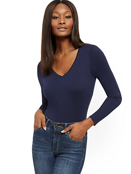 Essential Cotton V-Neck Long-Sleeve Tee - New York & Company