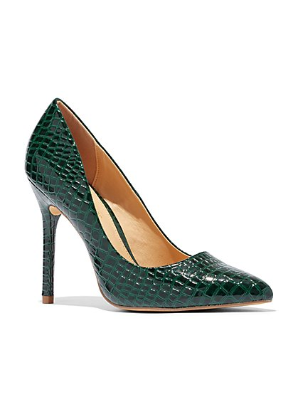 Eva Mendes Collection – Embossed Faux Patent-Leather Pump - New York & Company