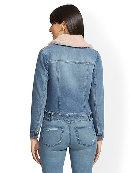 bd655fa1cba95 ... Faux-Fur Collar Jean Jacket - New York   Company