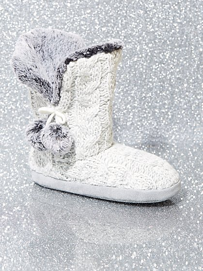 Faux Fur-Lined Cable-Knit Boot Slipper - New York & Company