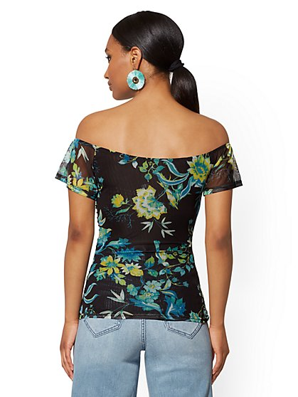 199090b2ea ... Floral Mesh Overlay Ruched Top - New York   Company