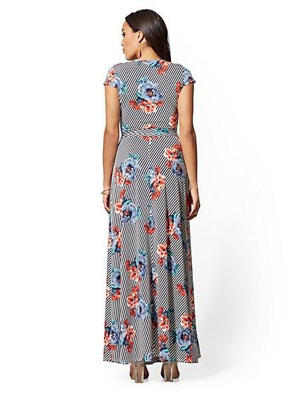 0e4b718bae7 ... Floral   Stripe Wrap Maxi Dress - New York   Company