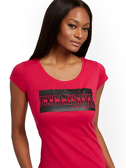 "Glitter-Finish ""Exclusive"" Tee - New York & Company"