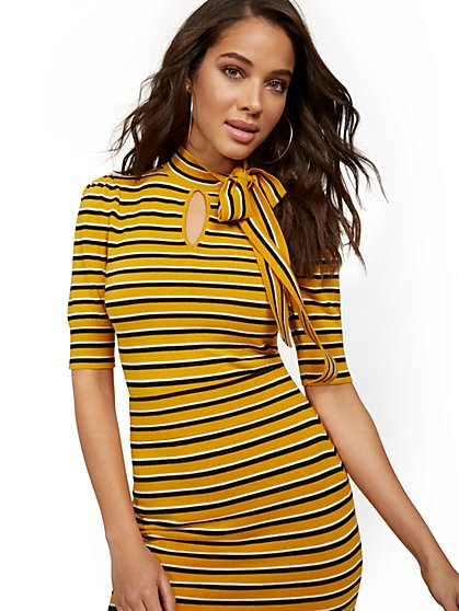 Gold Retro-Stripe Bow Sweater - New York & Company