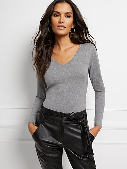 Grey Essential V-Neck Long Sleeve Tee - New York & Company