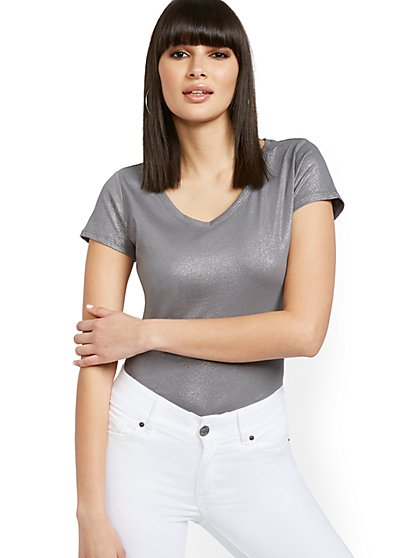 Grey Metallic-Finish Perfect Tee - New York & Company