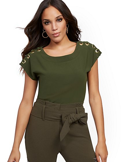 Grommet Blouse - New York & Company