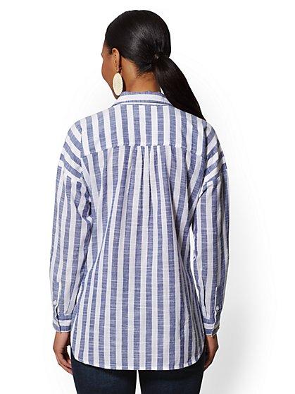 b8e0af668 Women's Shirts - Dress Shirts & More   New York & Company