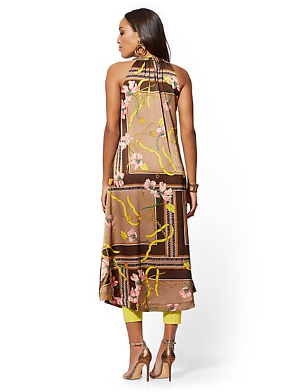 a95bca14ce60c ... Handkerchief Halter Top - 7th Avenue - New York   Company ...