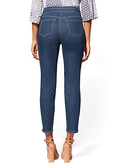 3be0849bd96 ... High-Waist Pull-On Ankle Legging - NY C Runway - Soho Jeans - New
