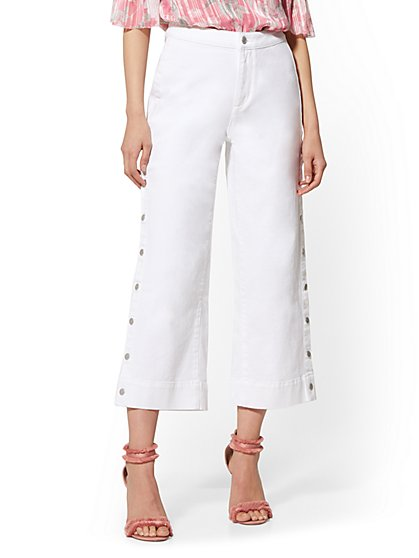 High-Waist Wide Leg Crop Jeans - White - Soho Jeans - New York & Company