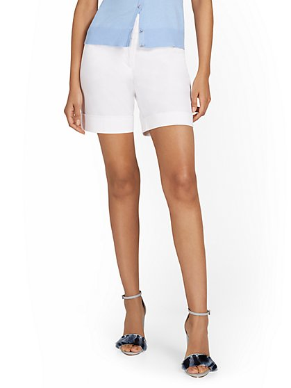 High-Waisted 7-Inch Short - New York & Company
