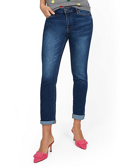 High-Waisted Boyfriend Capri Jeans - Foxy Blue - New York & Company