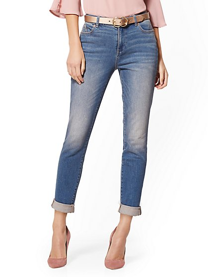 High-Waisted Boyfriend Jeans - Fiesta Blue - New York & Company