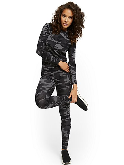 High-Waisted Camo-Print Pocket Legging - New York & Company