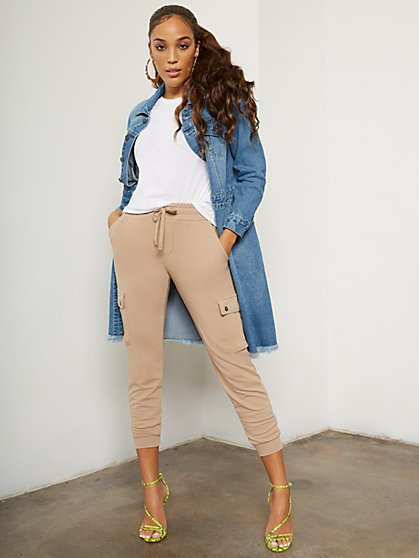 High-Waisted Cargo Jogger Pant - Everywhere Jogger Collection - New York & Company