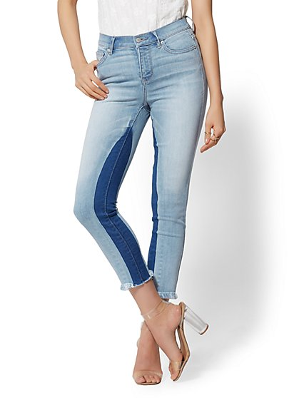 High-Waisted Crop Legging - NY&C Runway - Ultimate Stretch - New York & Company