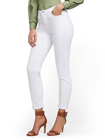 High-Waisted Curvy Boyfriend Ankle Jeans - White - New York & Company
