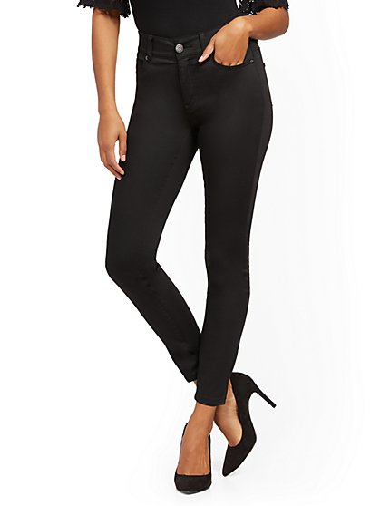 High-Waisted Curvy No-Gap Shaping Super-Skinny Jeans - Black - New York & Company