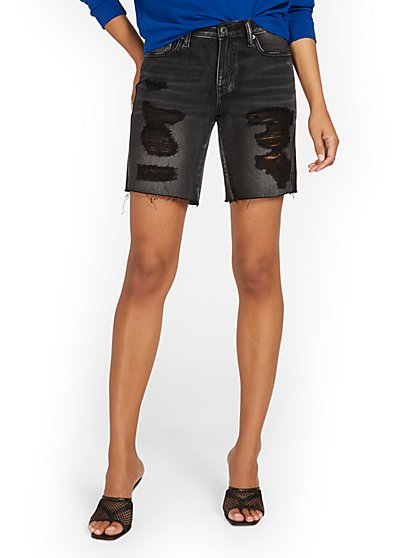 High-Waisted Dream Boyfriend 9-Inch Short - Black - New York & Company